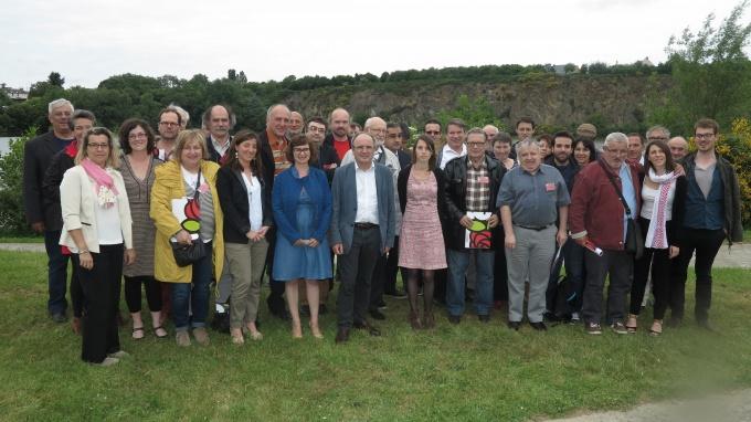"""Les militants de la motion B """"À gauche pour gagner"""" réunis à La Carrière, à Rezé, lors du congrès fédéral de Loire-Atlantique"""